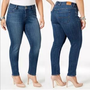 Lucky Brand | Emma Straight Leg Jeans